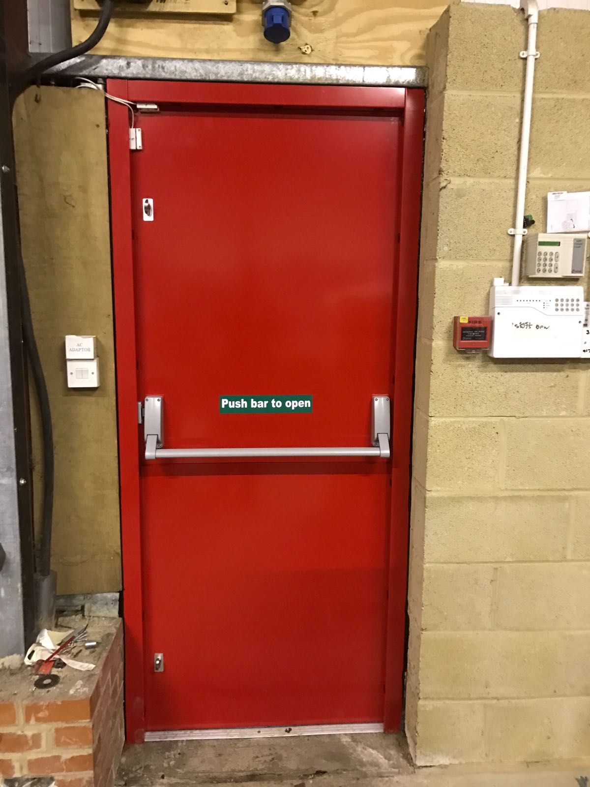RSG8100 - Fire Exit Doors Steel Escape Doors u0026 Emergency Panic Doors & The internal view of our RSG8100 fire escape security doors securing ...