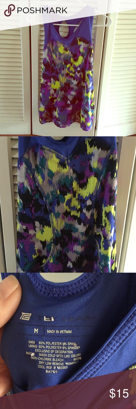 Tek gear yoga workout shirt Sz med Bright and colorful tek gear yoga/workout tank top Sz med tek gear Tops Tank Tops