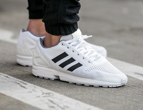 reputable site b2e1a 07a1d Adidas ZX Flux EM White Black Granite
