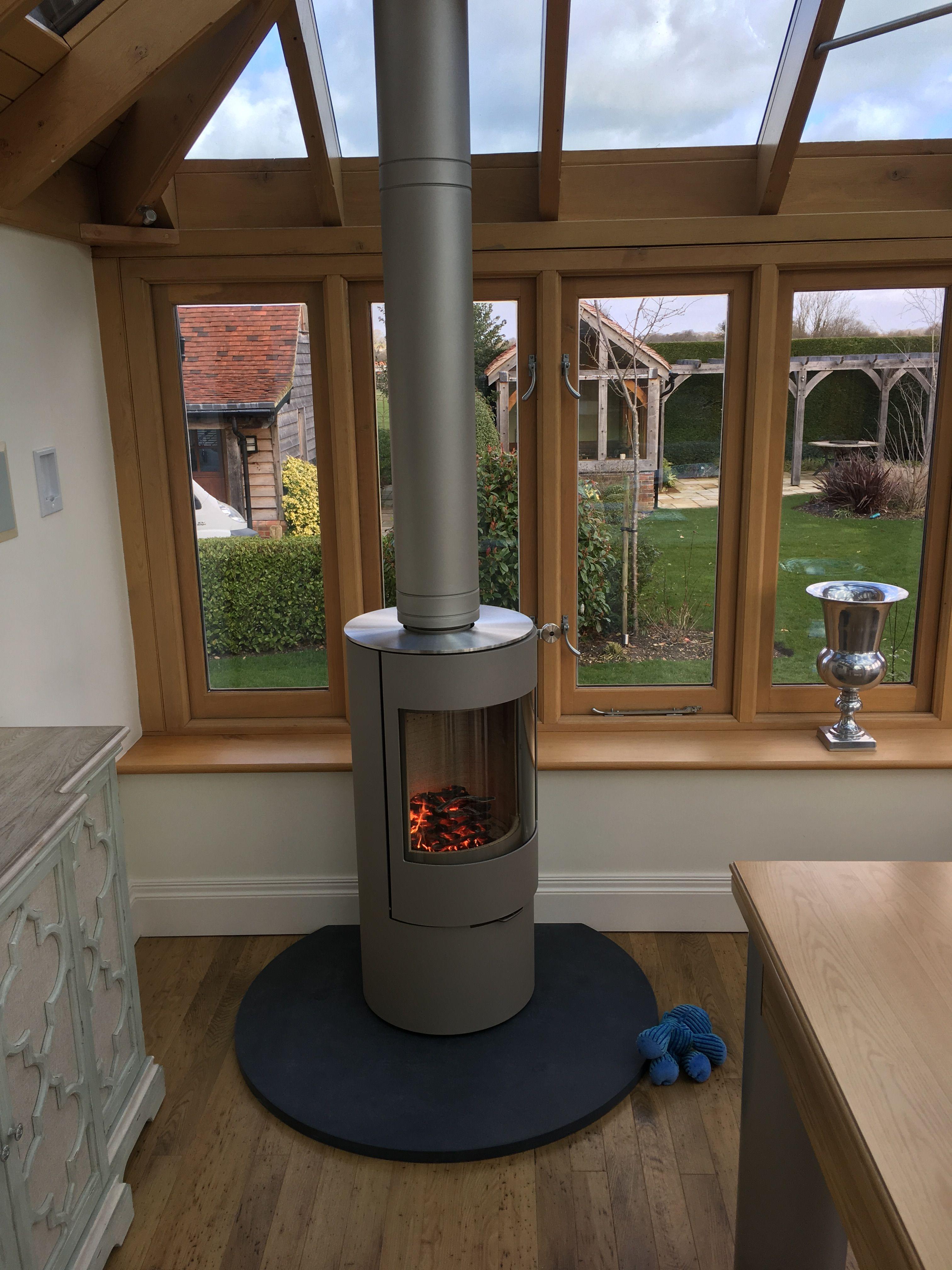 Rais Viva L100 Classic Wood Burning Stove In Platinum With