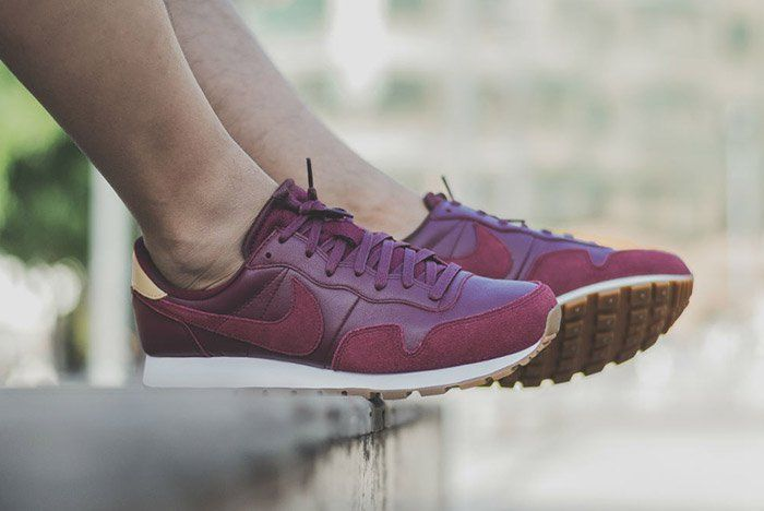 99709f338624 Burgundy Leather And Suede On The Nike Air Pegasus 83