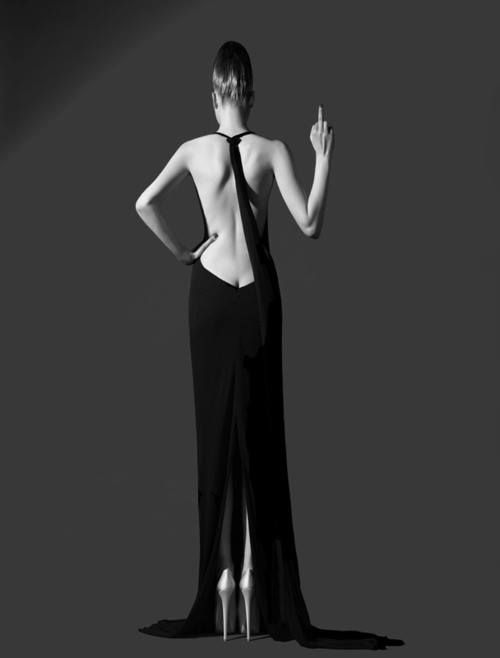 Love how low the back is on this dress !!!