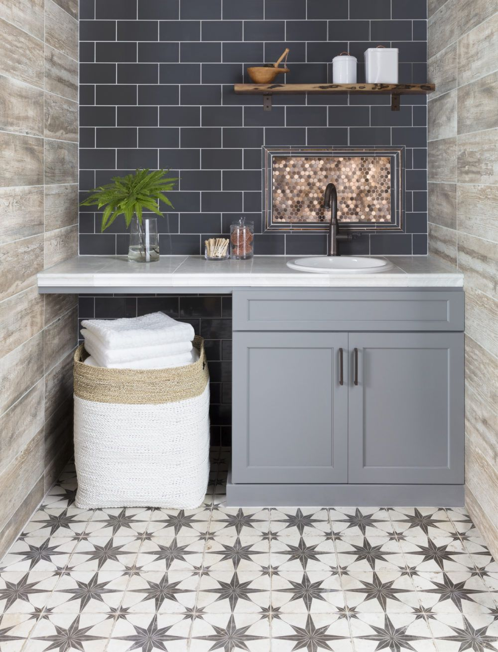 Tried And True Wall And Floor Tile Combinations The Tile Shop Blog Modern Farmhouse Design Modern Farmhouse Decor Modern Farmhouse Bathroom