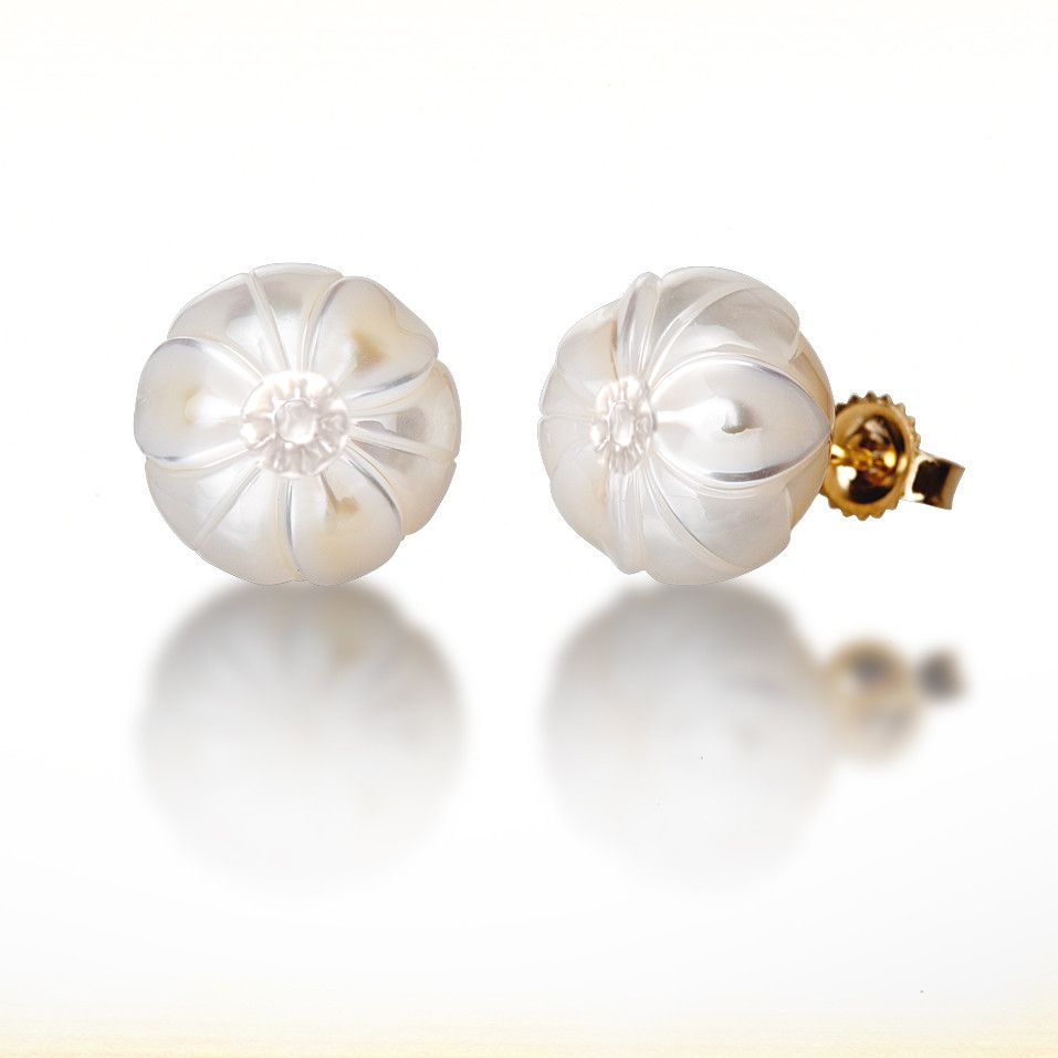 "Galatea: December Pearl Flower - ""Narcissus Carving"" 14K Gold"
