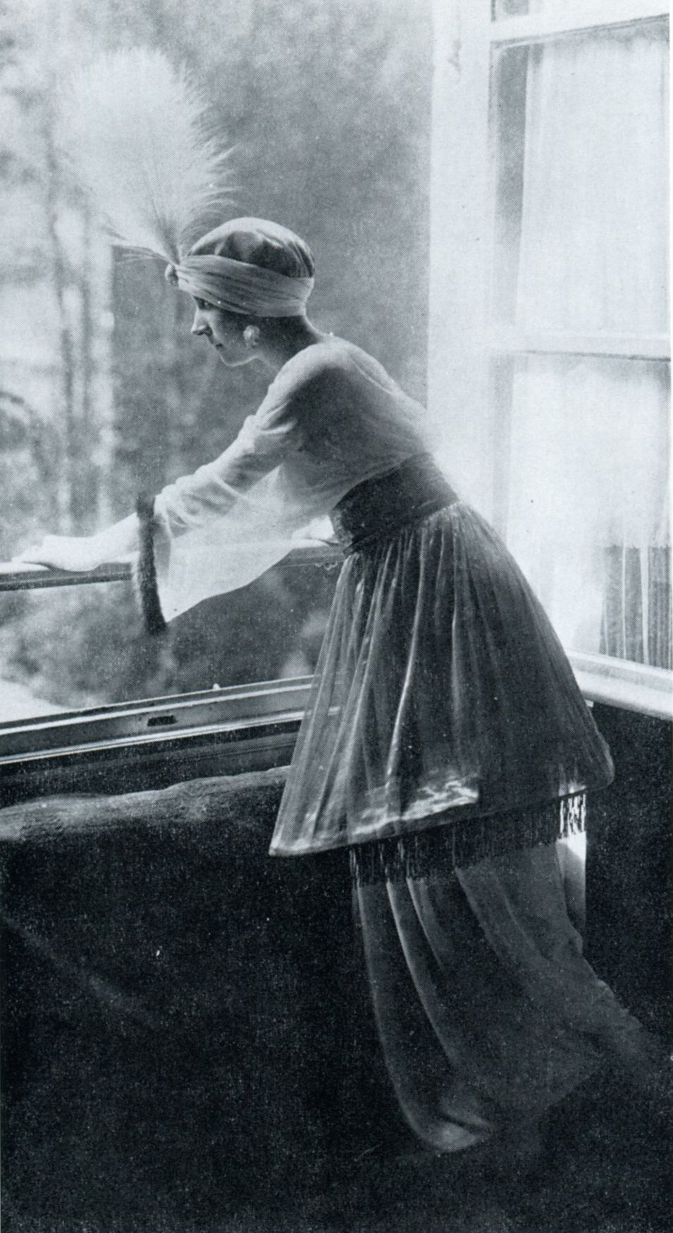 1911 - Denise Poiret at the 1002 night party held by Paul Poiret ...