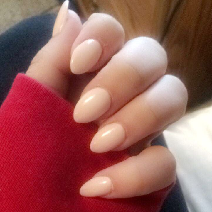 42 Short Natural Acrylic Ombre Almond Nails Ideas designs For summer ...