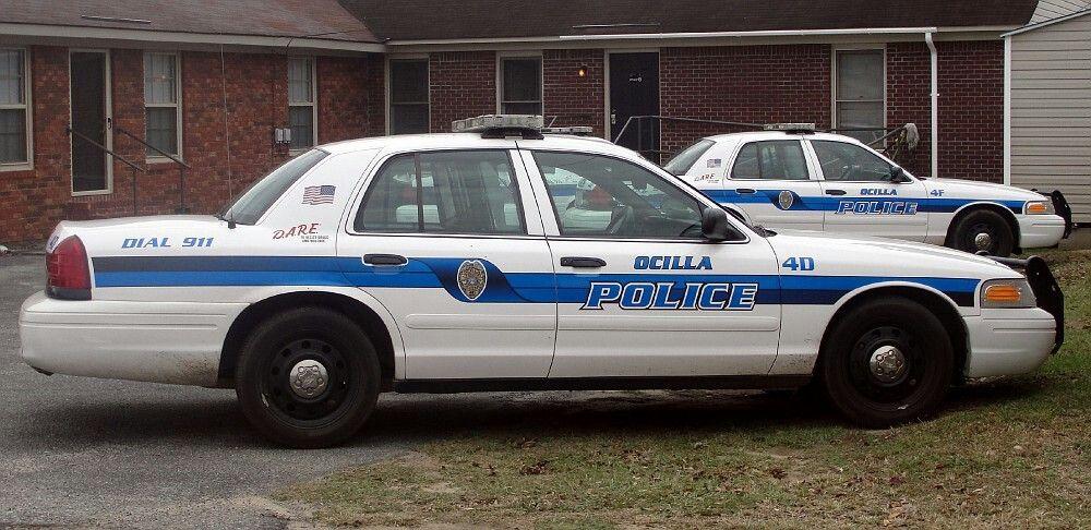 Ocilla Ga Police 40 Ford Cvpi Police Cars Police Car Pictures Victoria Police