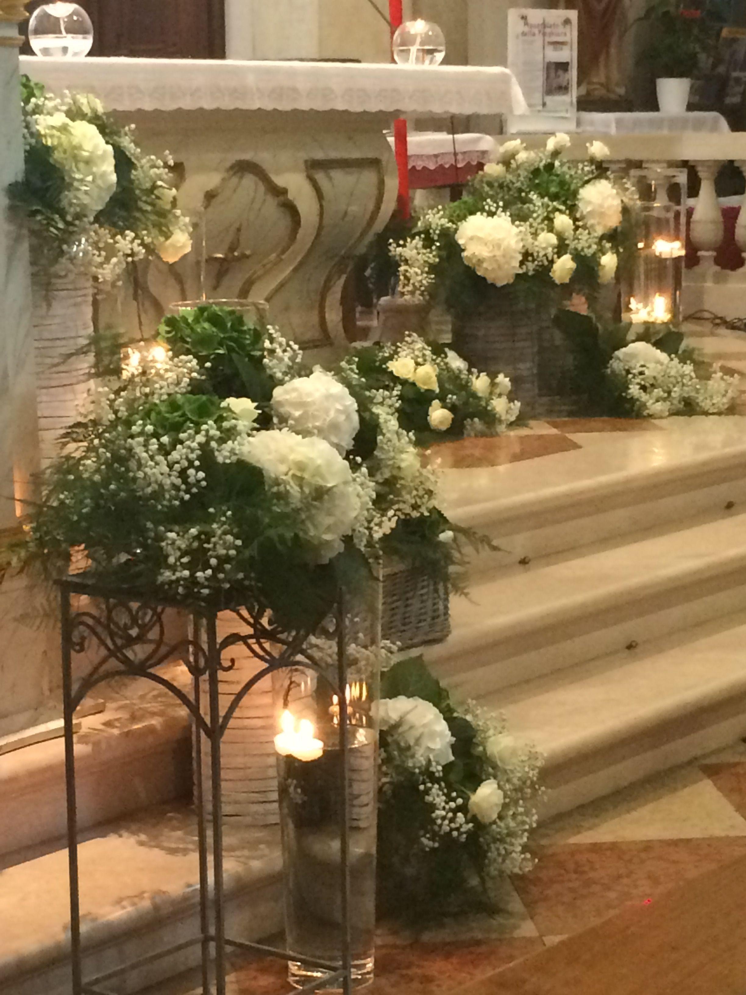 Grazie Un Giorno Su Misura Addobbi Floreali Matrimonio Composizioni Floreali Matrimonio Fiori Per La Chiesa Da Matrimonio