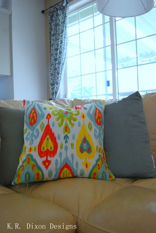 Easy Sew Throw Pillow Cover with Zipper / K.R Dixon Designs adelightfulplacetodwell.com & Easy Sew Throw Pillow Cover with Zipper / K.R Dixon Designs ... pillowsntoast.com