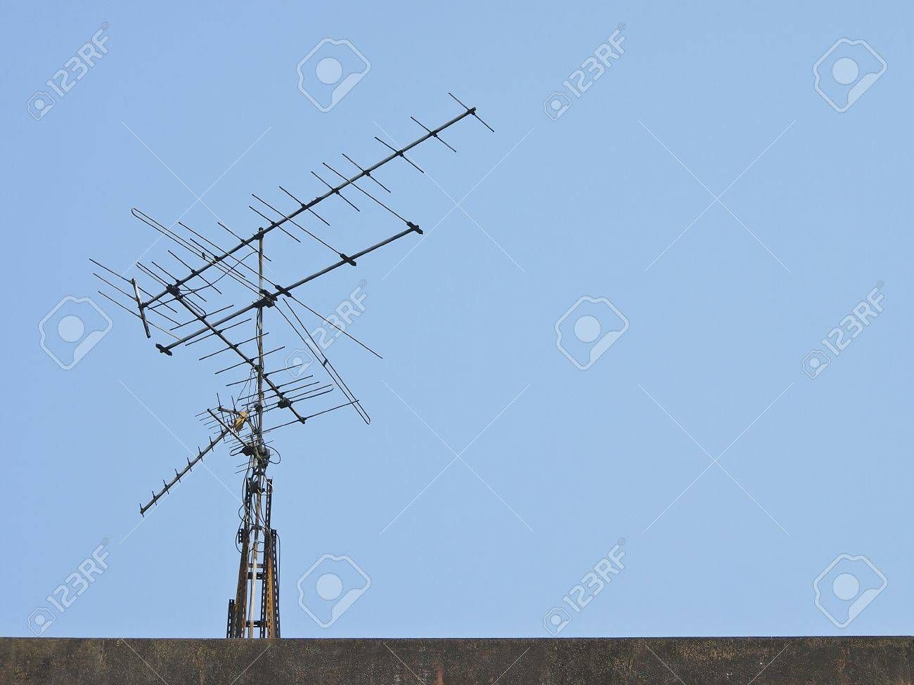Image result for antenna on building (With images) Tv