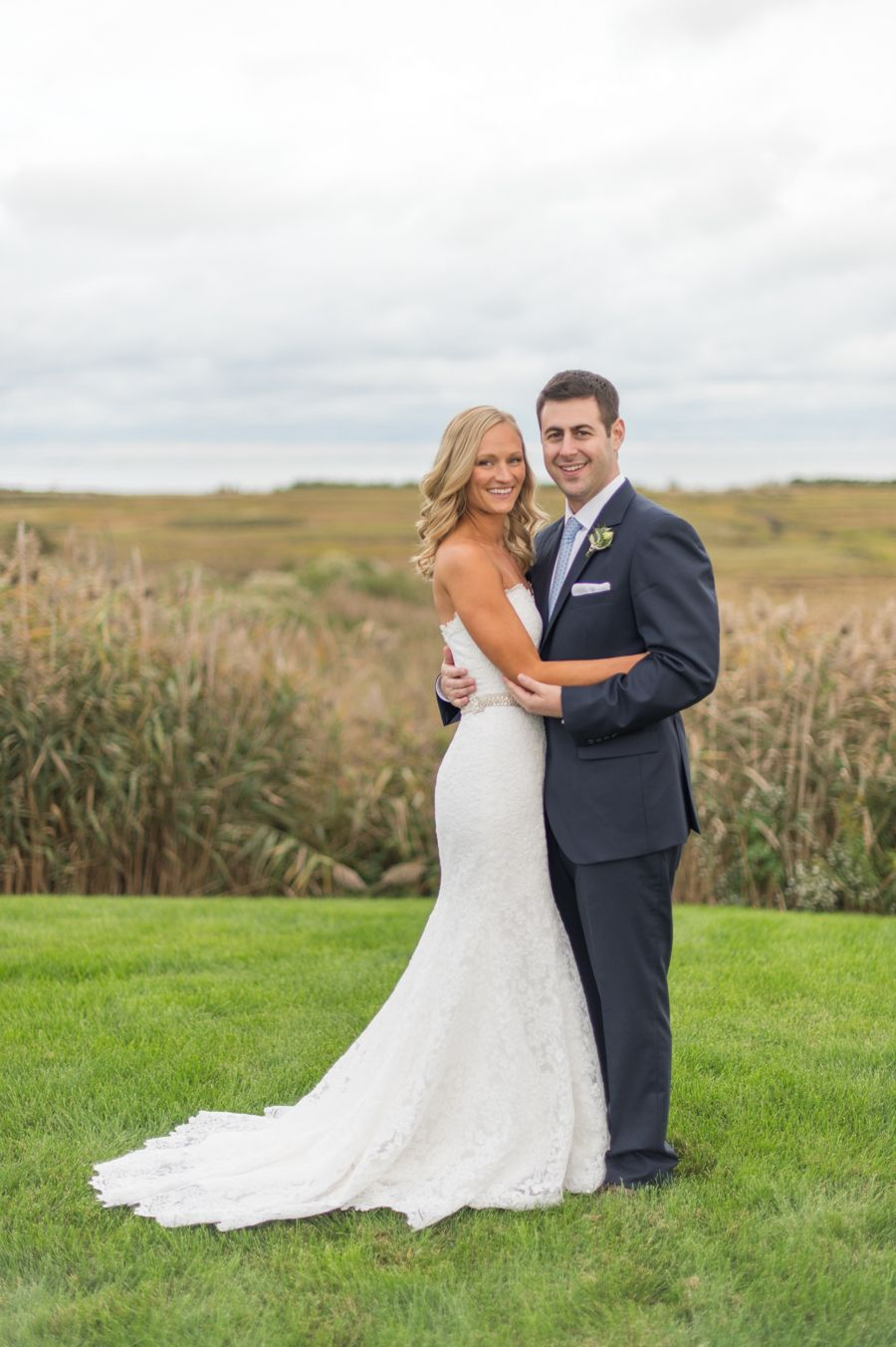 Photography : Leila Brewster | Guildford Yacht Club Wedding | Bride | Groom | True Event | http://www.trueevent.com http://www.stylemepretty.com/connecticut-weddings/guilford/2015/04/03/elegant-waterfront-wedding-at-the-guilford-yacht-club/