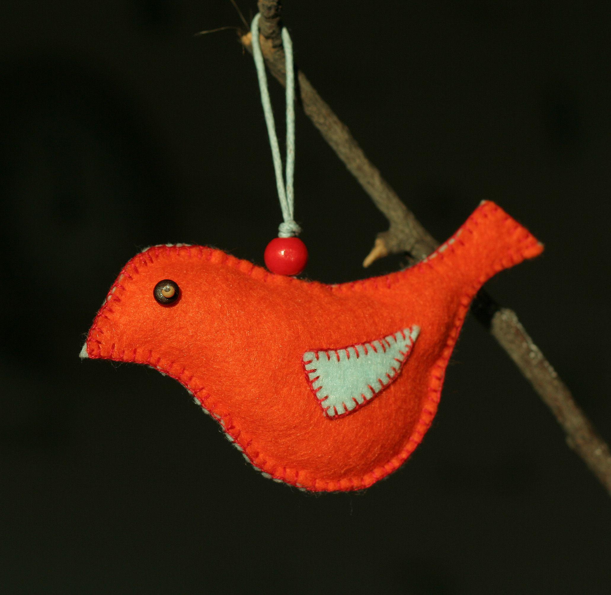 Felt bird. Made by Grushechka