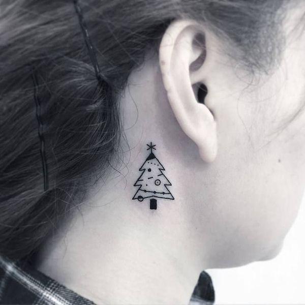 Photo of 53 magnifiques idées de tatouage d'arbre de Noël intemporelles de tous les temps