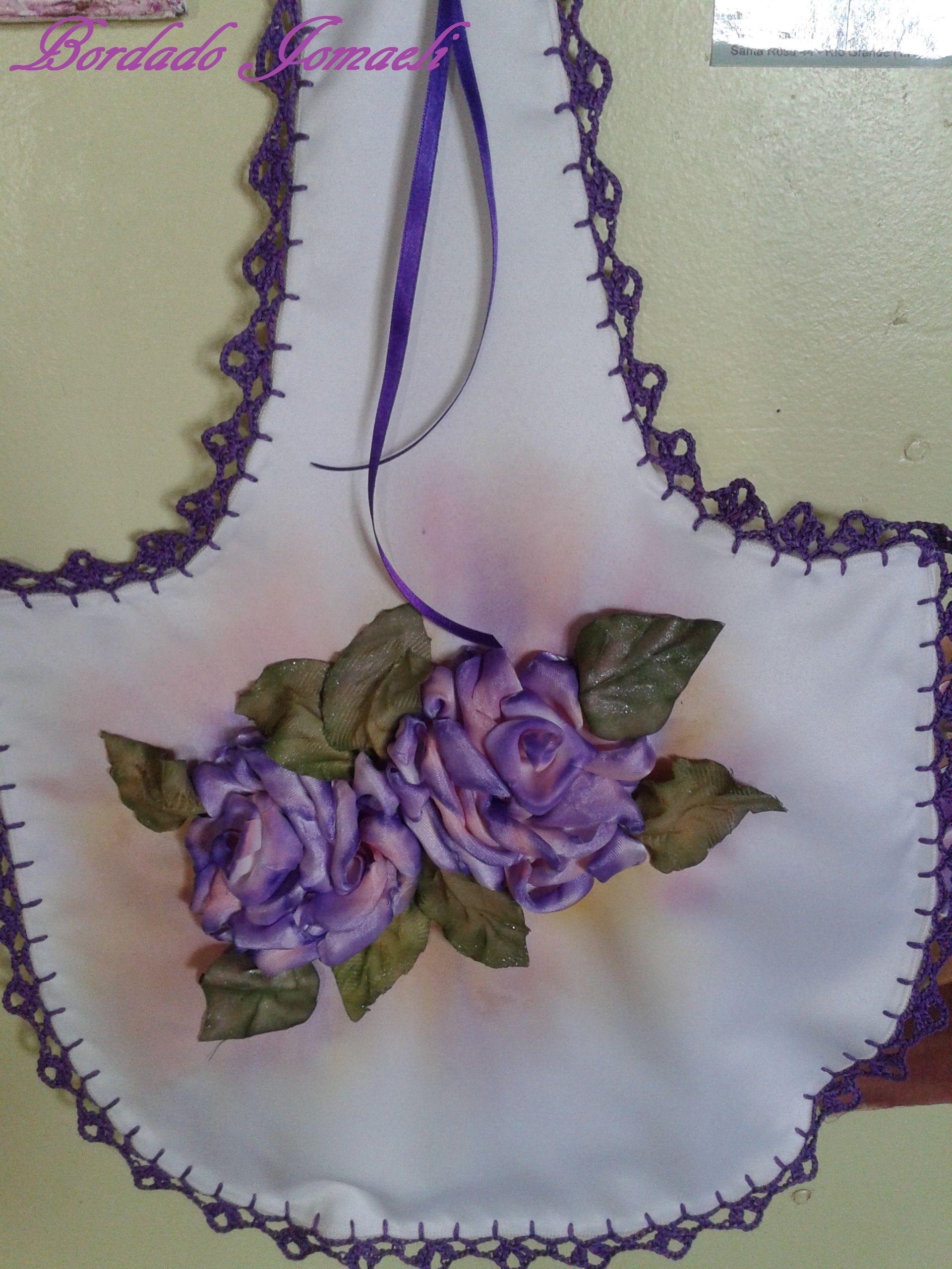 Kit sanitario rosas bordadas en cinta de raso hojas en - Pintura para sanitarios ...