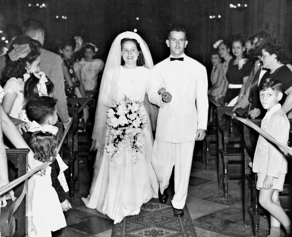 Emilia Clotilde Ventosa Celerio & Urbano Rodríguez - 1947