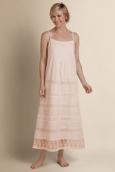 80 Soft Surroundings - Lots Of Lace Gown - 100% cotton gown ... 352f8abf3