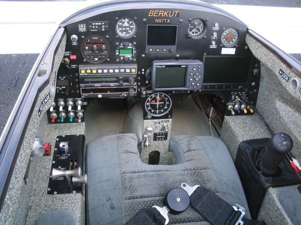 Berkut Instrument Panel | fly | Aircraft interiors