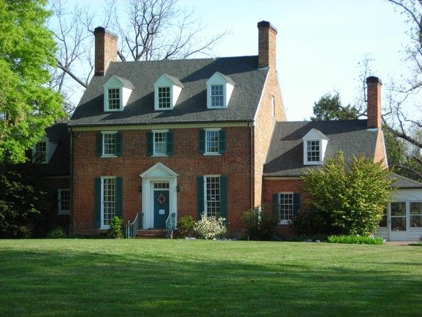 The historic house at Green Spring Gardens in Fairfax is adjacent to 11 acres of manicured gardens. (From The Washington Post's Can't Miss Gardens, 4/20/12)