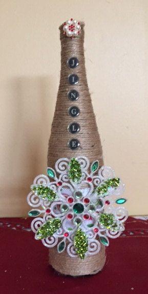 JINGLE ALL The WAY Twined Wine Bottle Vase