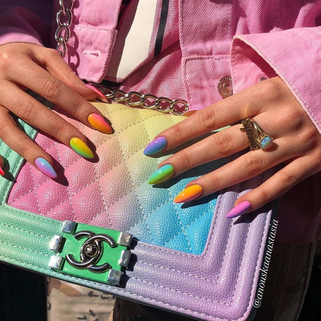 Photo of Neon nails the flagship and colorful trend of summer 2020