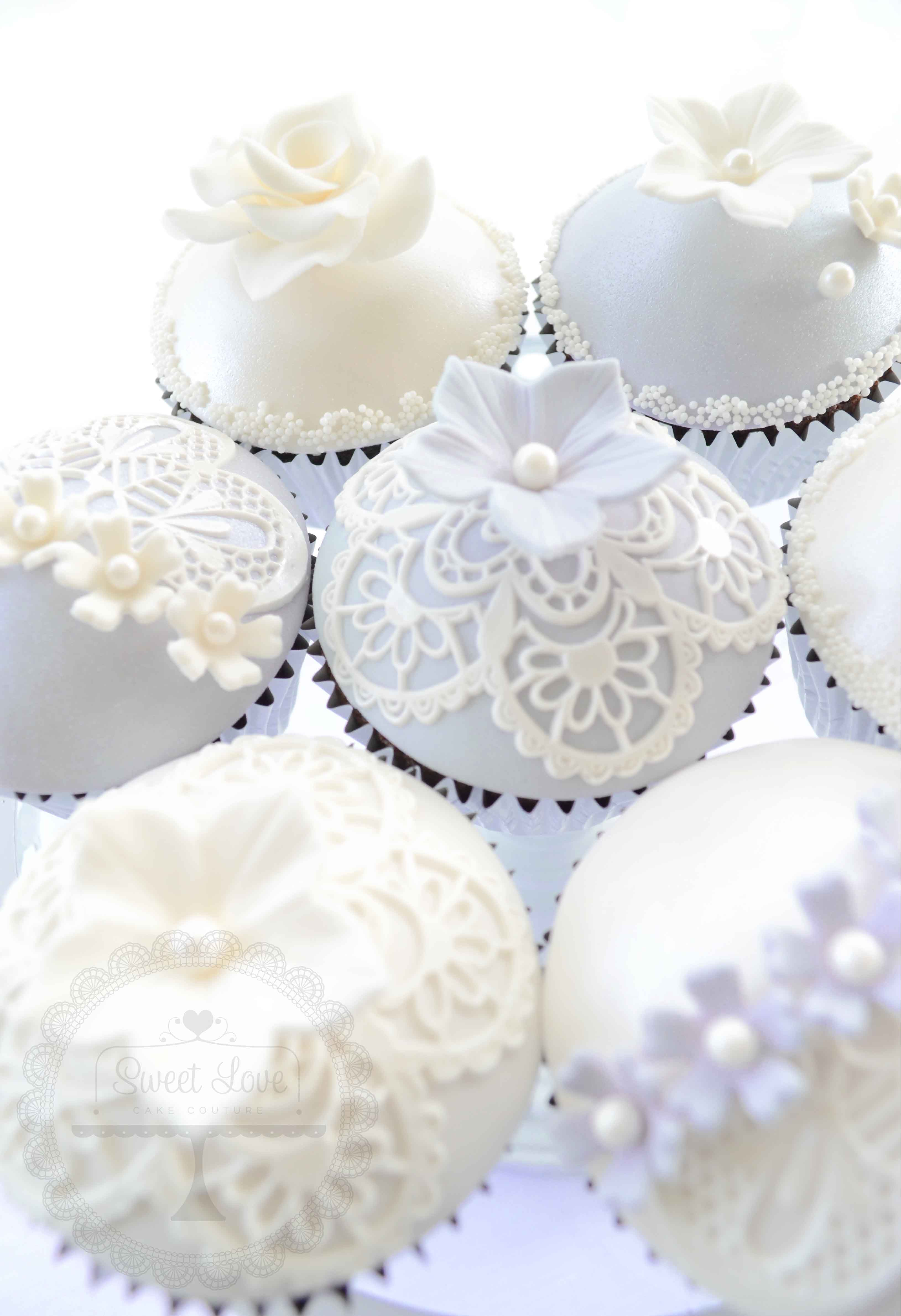 Lavender and lace cupcakes | Sujey\'s Baby Shower | Pinterest ...