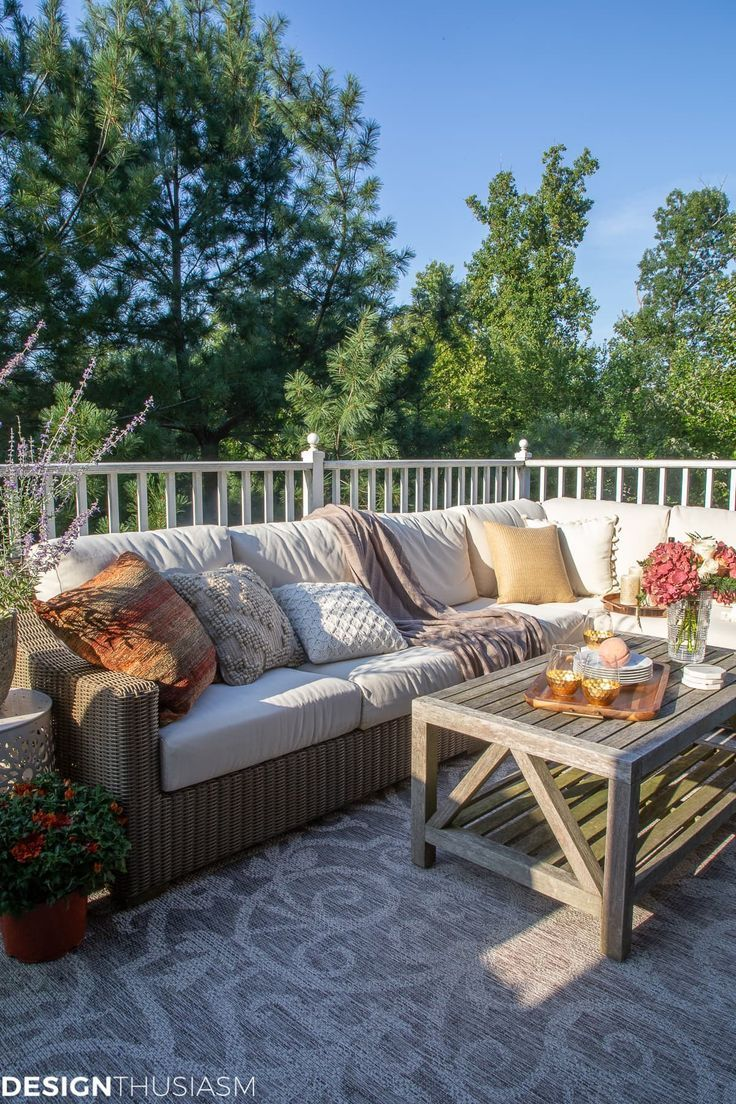 Fall Decorating Ideas for Outside: How to Transition Your Patio into Fall  Outdo...,  #Decora... #falldecorideasfortheporch