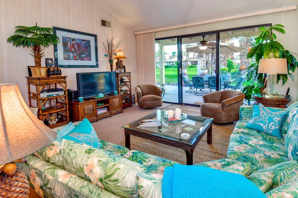 IMMACULATE /SpringBreak/COACHELLA Condominiums for Rent
