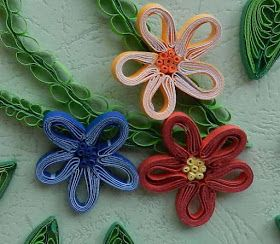 A Journey into Quilling & Paper Crafting: Quilling Tutorial - New Technique Striped Flower