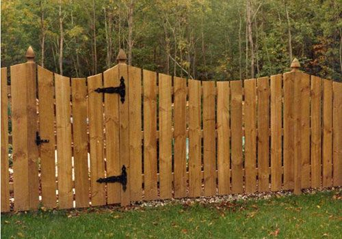 Picket Wood Fences Are The Most Commonly Used Wood Fencing