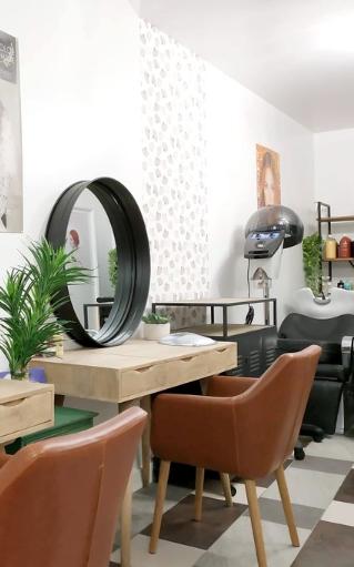 L Atelier Coif Naturel Salon De Coiffure A Paris Salon De Coiffure Meilleur Coiffeur Atelier