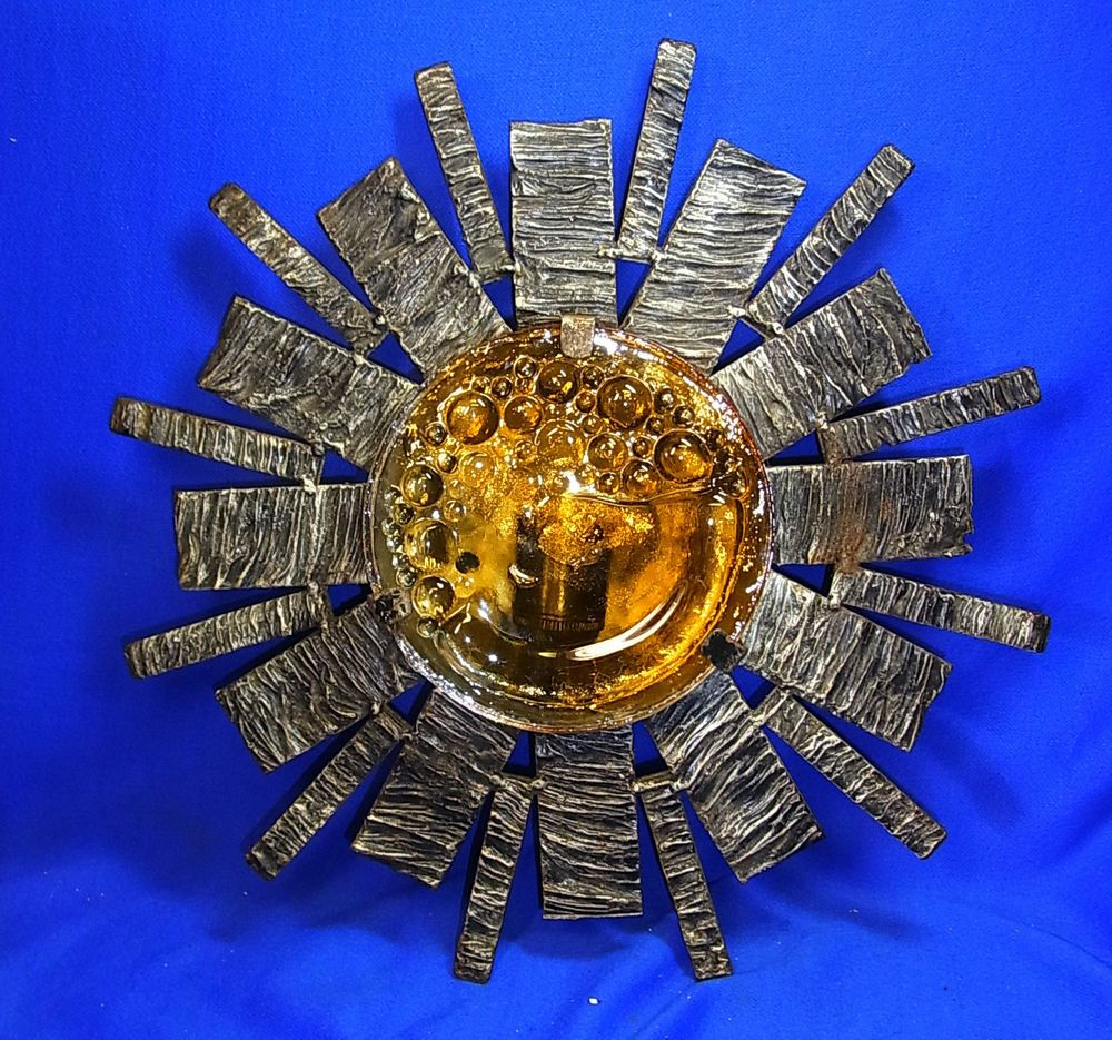 Mid Century 60´s Sun Burst Star Bust Iron & Glass Brutalist Wall Lamp