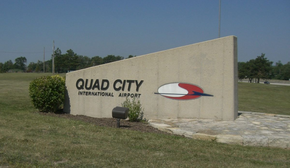 Quad City Airport Duty Free Mli S Shopping Dining Guide Quad Cities Airport City Moline