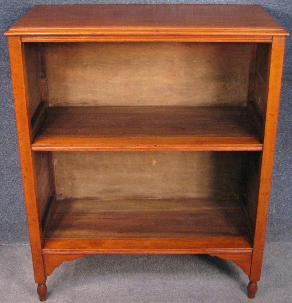 Edwardian Walnut Small Bookcase Bookshelves
