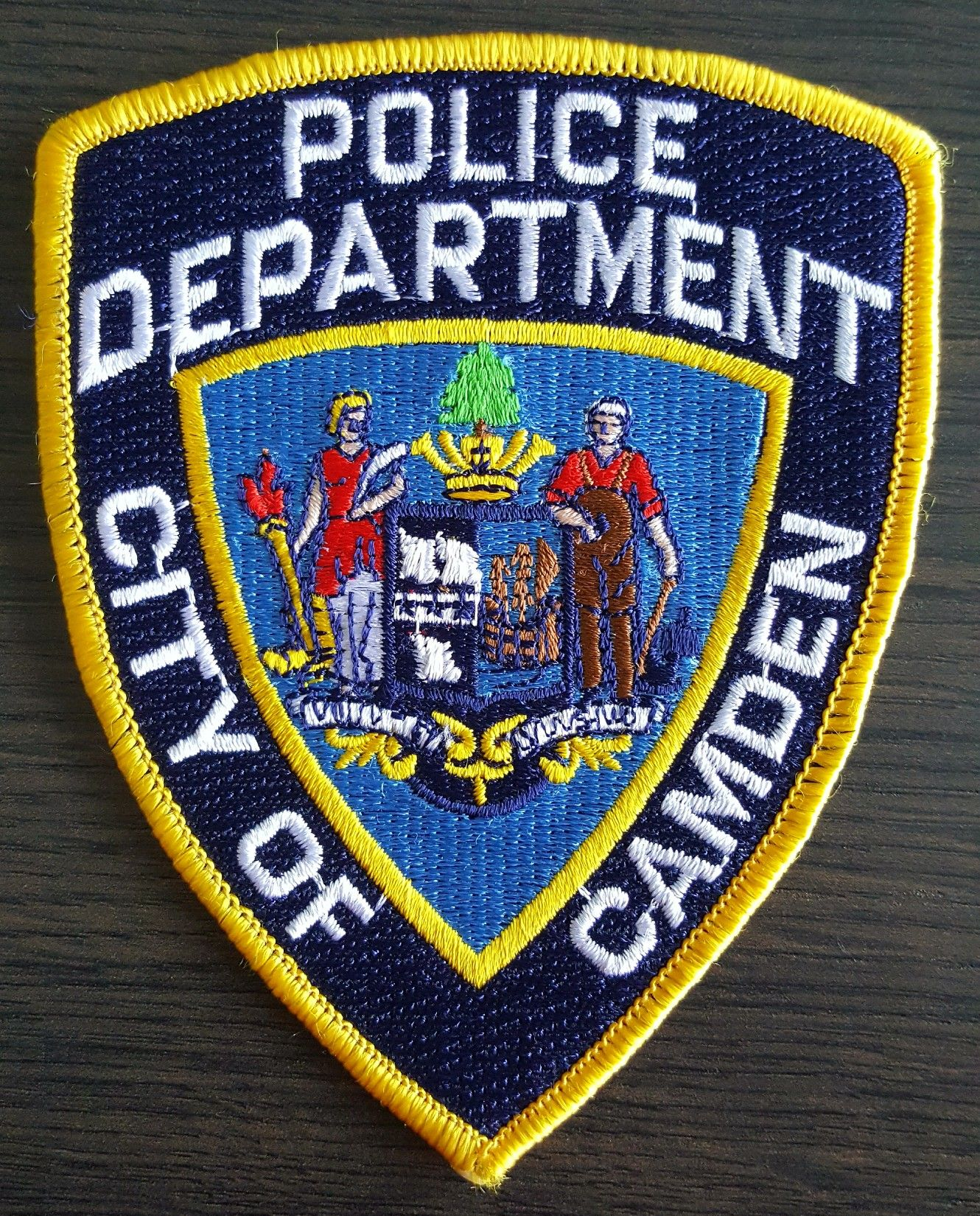 Pin by Daniel on Police Pin Police patches, Police badge