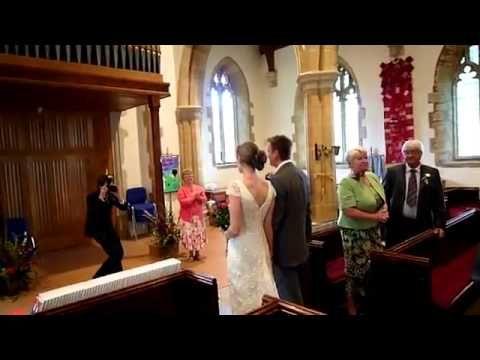 Organist Botches Wedding March Awkwardness Ensues Perfect Wedding Wedding Fail Wedding