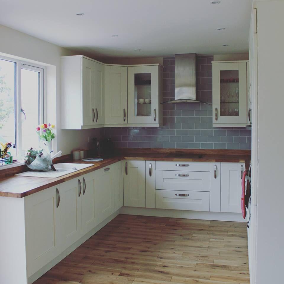 White Kitchen What Colour Worktops