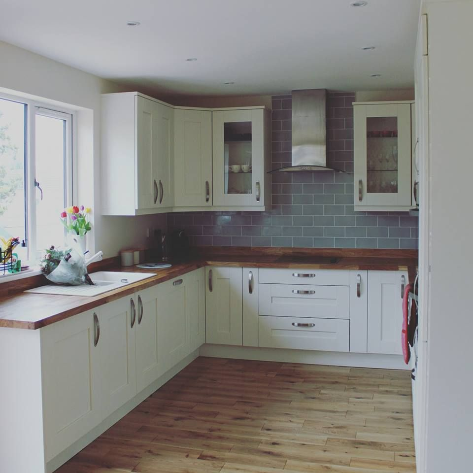 Download Wallpaper White Kitchen What Colour Worktops