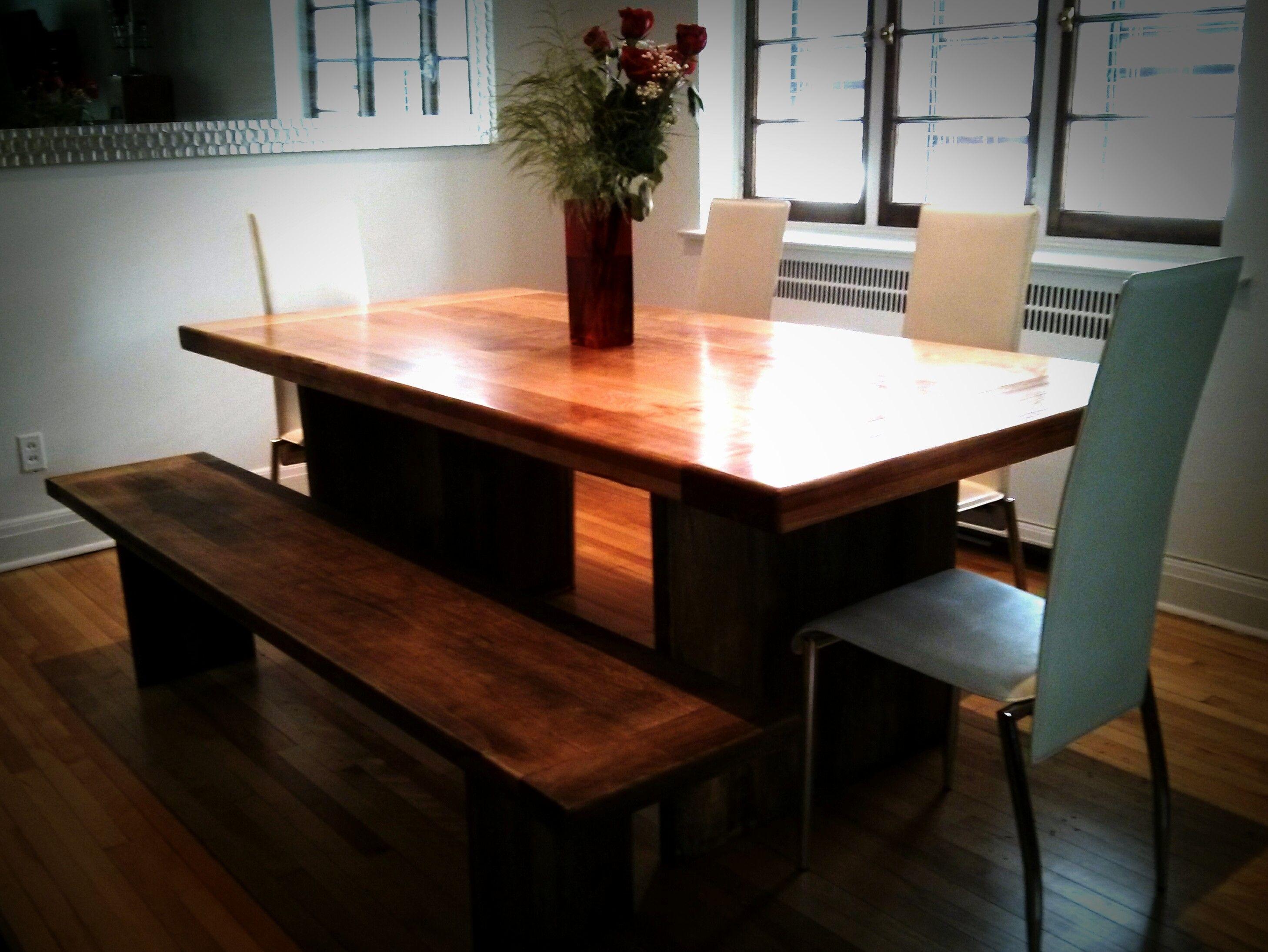 Deco Avec Meuble Merisier table et banc en merisier avec fini couleur noyer. | table