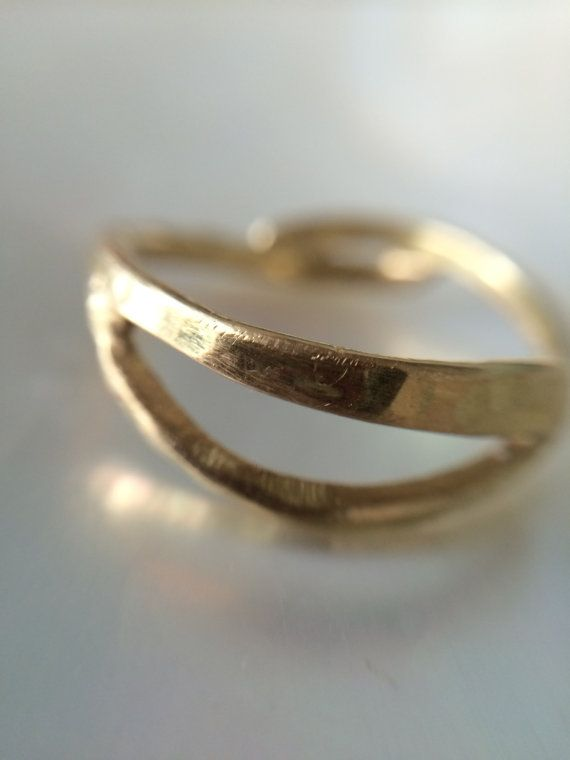 18kt Gold Wedding Band Hammered Wave Ring Rustic And Organic On Etsy 1 499 00 Melissatysondesigns