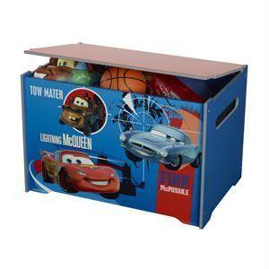 Coffre à jouets Cars Ranges tes jouets ou tes vêtements pour garder ta chambre en ordre grâce à ce coffre aux couleurs de ton héro! Dimensions emballage: L 43 cm x P 6 cm x H 63 cm. Le 17 avril 2013.