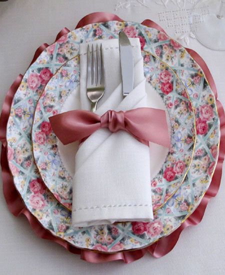Napkin Folding Ideas For Weddings: Like The Silverware Wrapped In A Napkin And Tied With A
