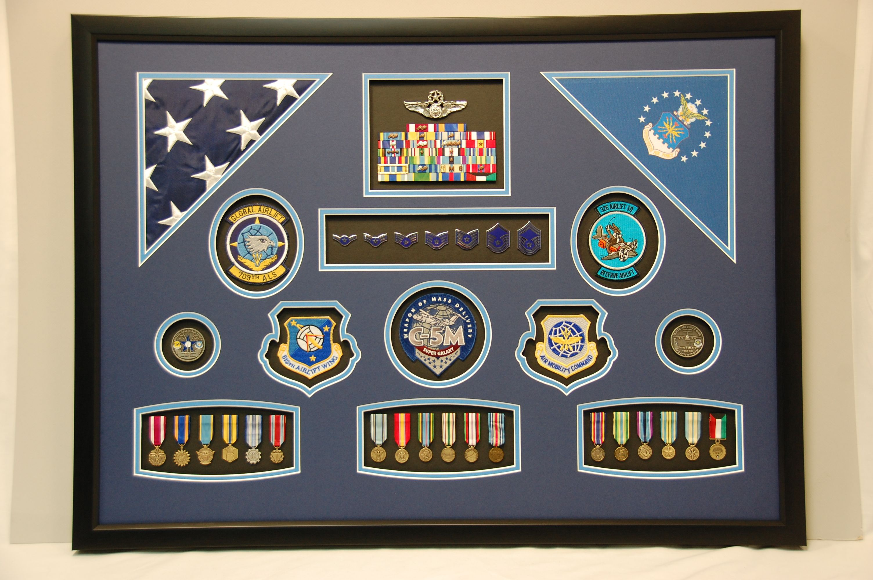 24 X 30 Us Air Force Retirement Shadow Box Display We Designed For A Ceremony Miniature Medals Were Used In This One Shadow Box Military Shadow Box Display