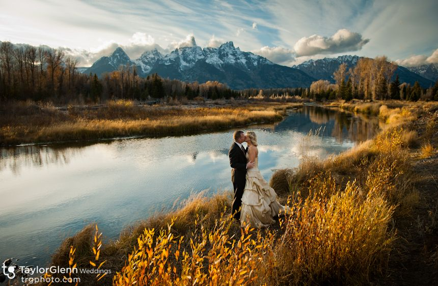 Wedding Photo On The Snake River In Front Of Teton Mountain Range Just Beautiful I Miss Tetons So Much