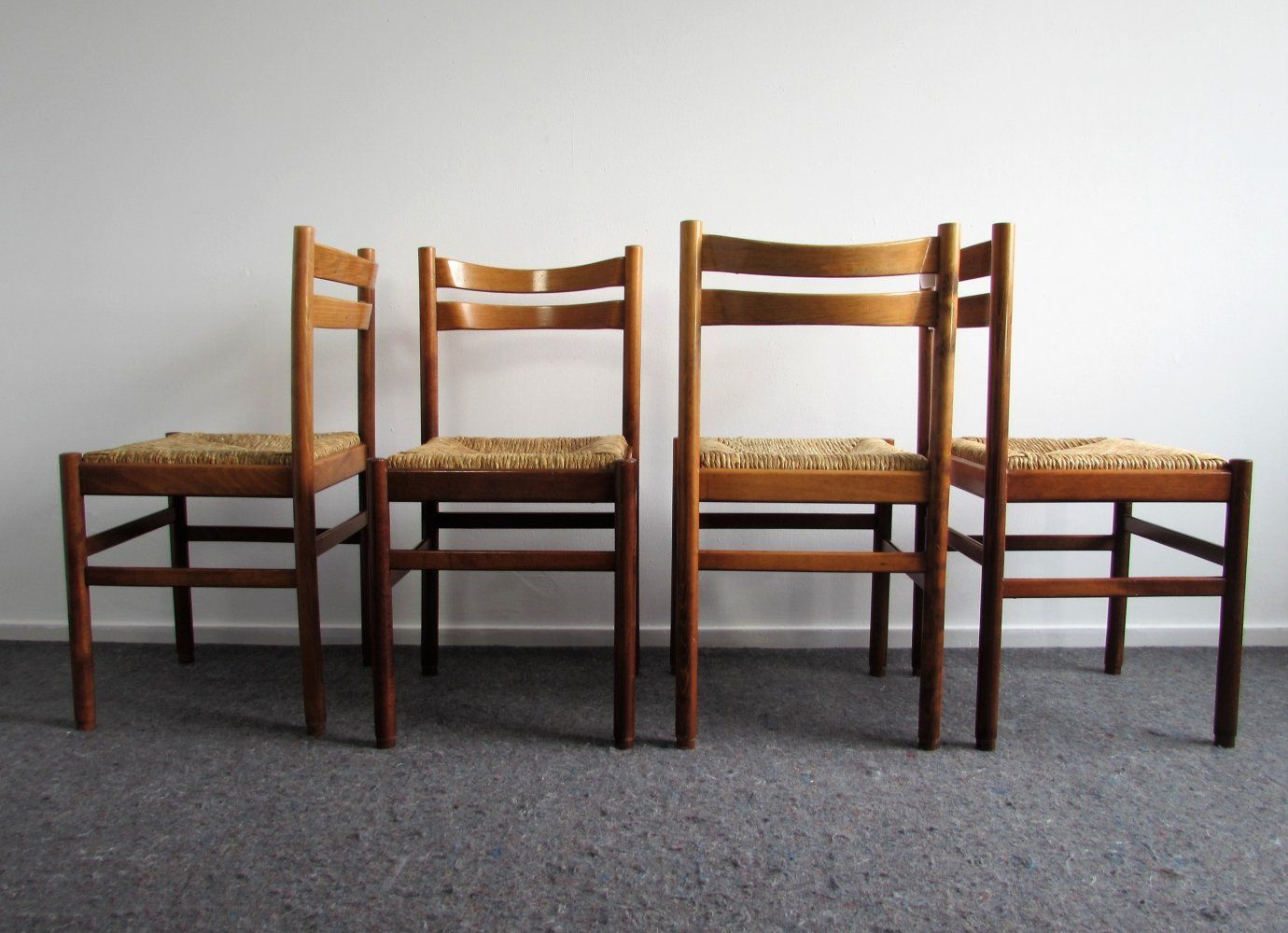 For Sale Set Of 4 Mid Century Modern Rush Seat Dining Chairs