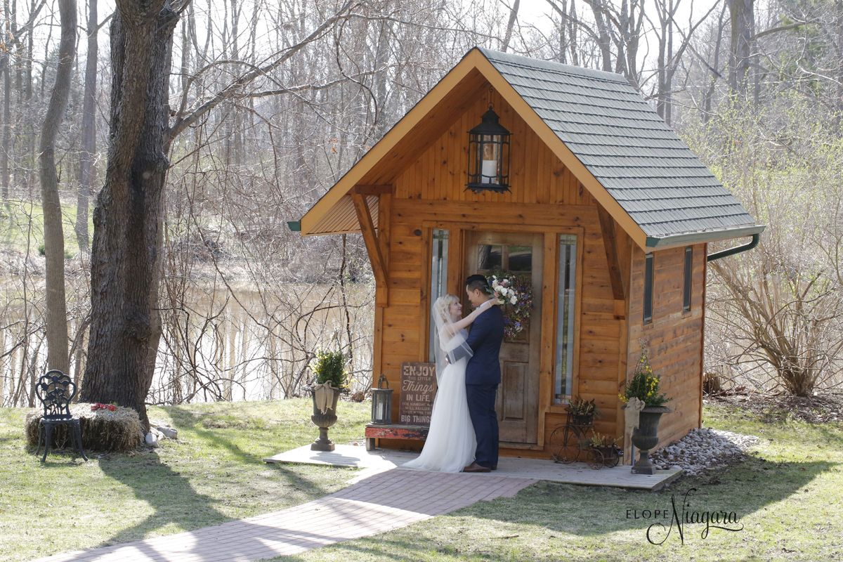Spring Is In The Air At Little Log Wedding Chapel Niagara Where Every Day