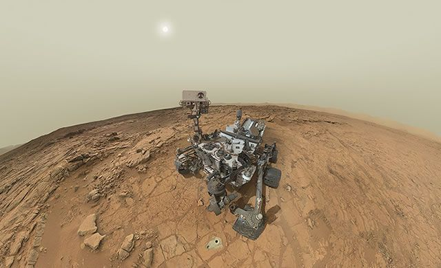 Marte: Autoritratto di Curiosity nel panorama marziano – Curiosity Self-Portrait Panorama