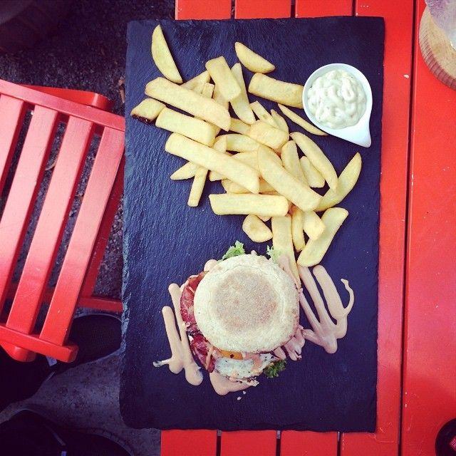 """Burger-Test - """"Dulf's Burger"""" in Hamburg """"In dieser Mayo möchte ich begraben werden"""""""