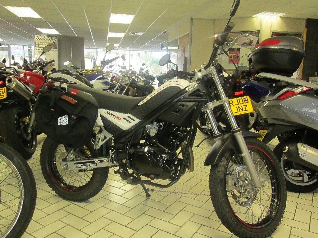 RIEJU TANGO 250 cc Tango 250 Trial - http://motorcyclesforsalex.com/rieju-tango-250-cc-tango-250-trial/