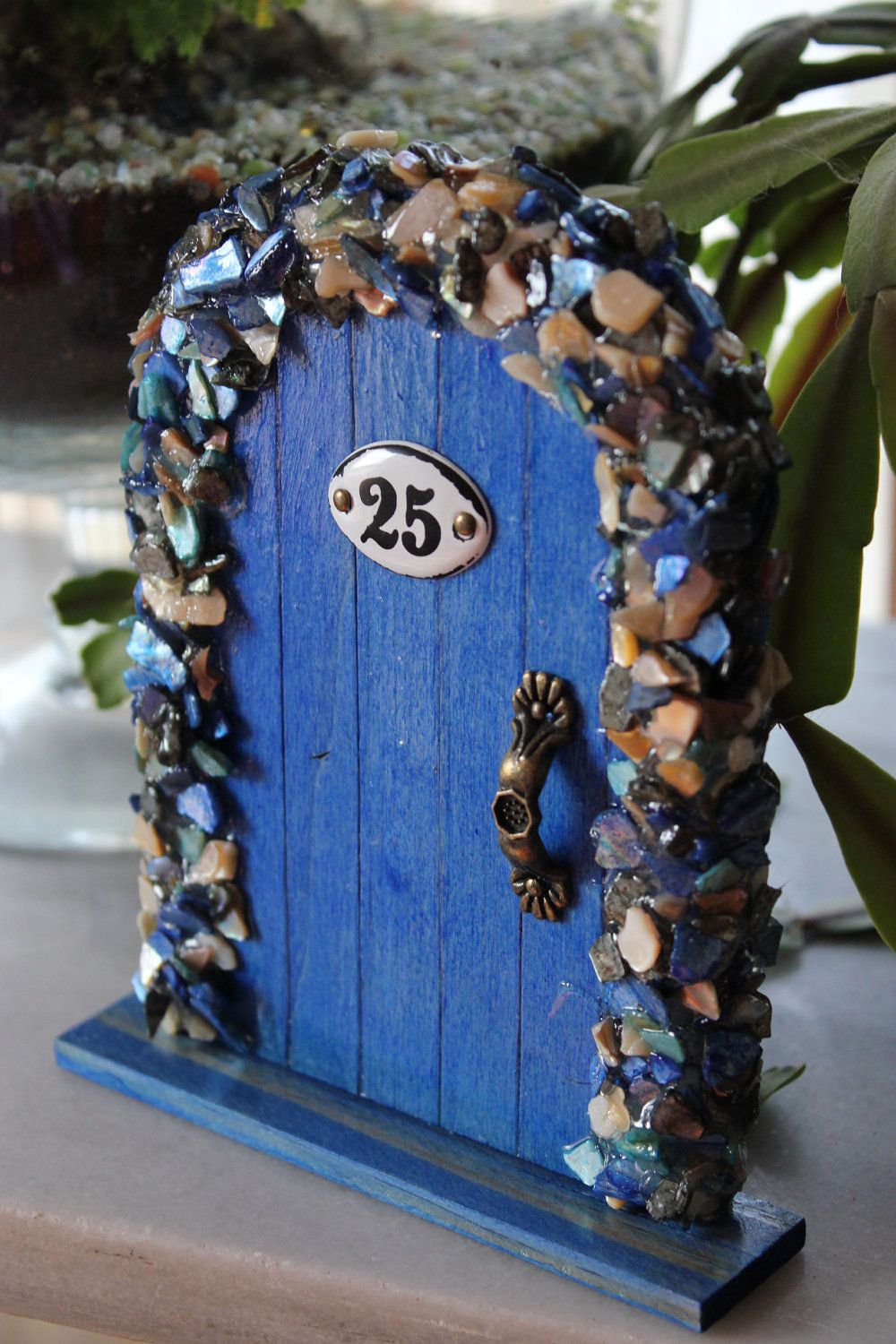 Miniature wood fairy hobbit door blue shells via for Miniature fairy garden doors