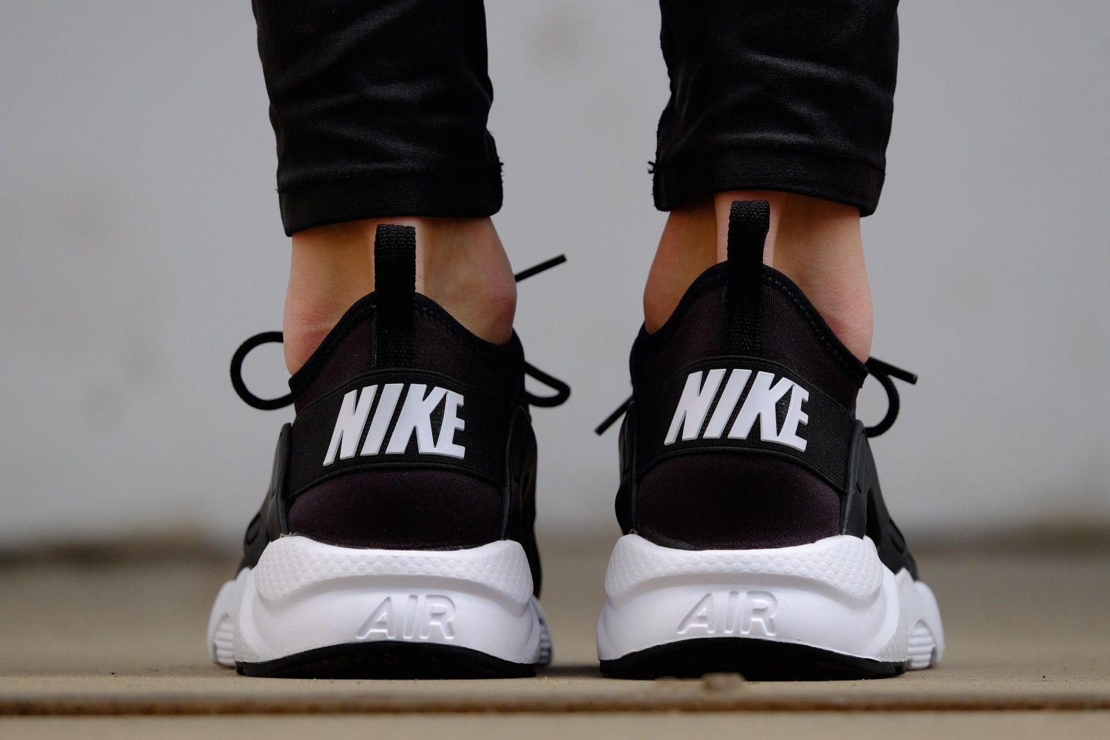 uk availability 5e318 41639 Nike Air Huarache Run Ultra GS Black  White - 847569-002